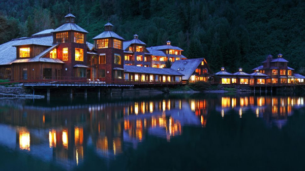 Puyuhuapi%20Lodge%20&%20Spa