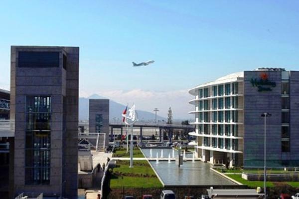 594-aeropuerto-toogo524a5613bc9c6bd7295ad6d348b7ecef.jpg
