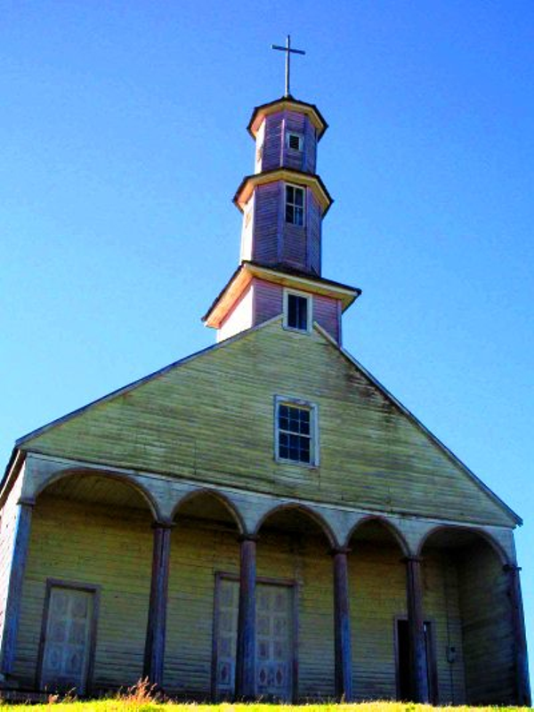 eglise-chiloe-1.jpg