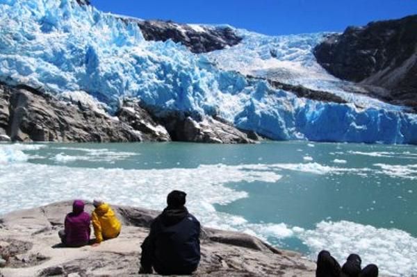 Glacier Leones