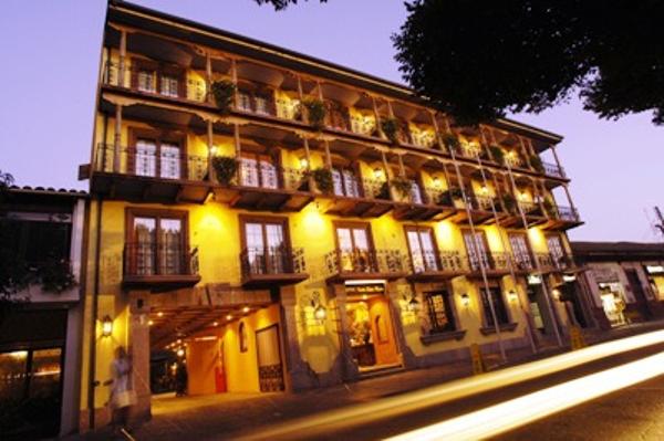 Hotel in Santa Cruz