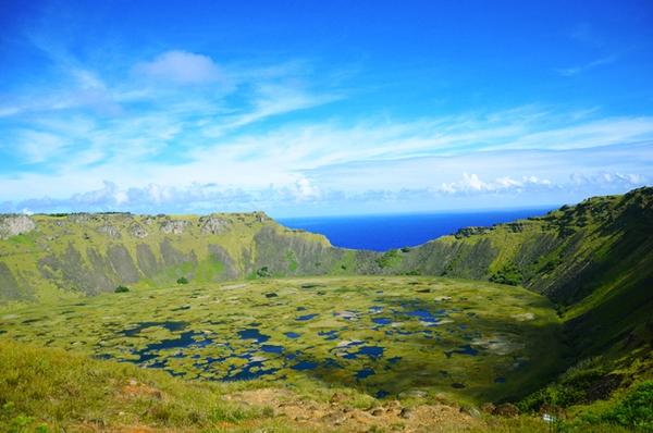 volcan-rano-kau-1.jpg