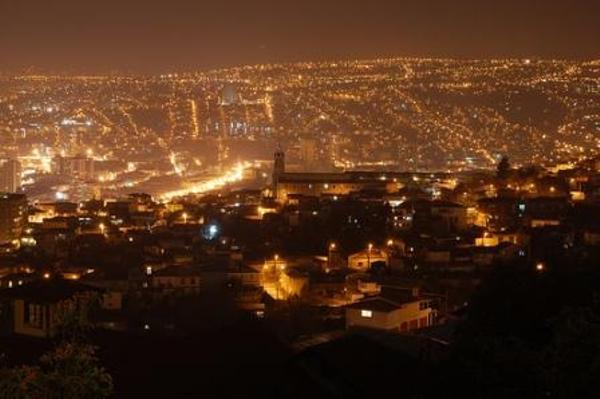 Valparaiso de nuit