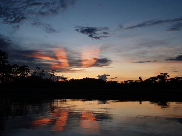 amazonie-coucher-de-soleil.jpg