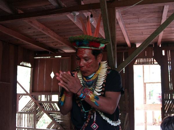 amazonie-shaman.jpg