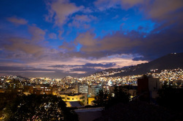 quito-nuit.jpeg