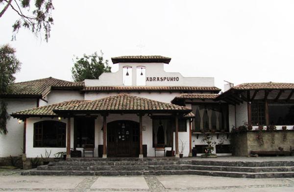 hacienda-abraspungo-1.jpg