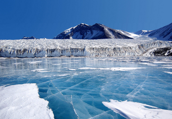 antarctique20terre20de20glace202-1.jpg