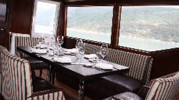 crucero-experience-gourmet.jpeg