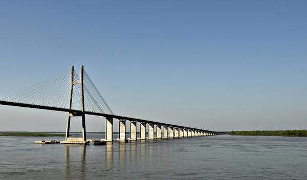 pont-de-rosario-argentine.jpg