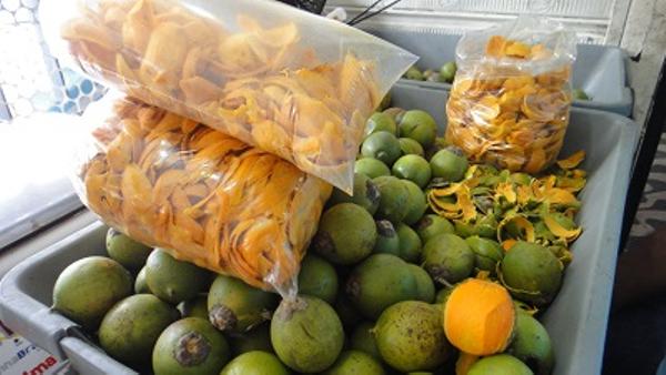 Tucumã - Manaus fruit market