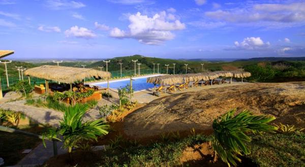 bre-serra-de-sao-bento-villas-da-serra-6-piscine.jpg