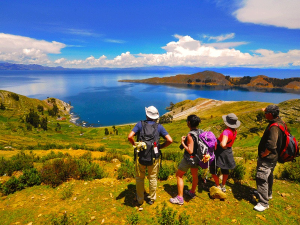 Trek on the Sun island, region of Titicaca