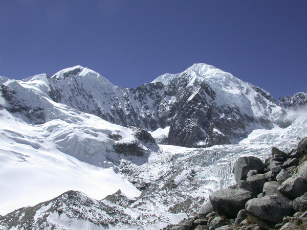 bol-coroy-illampu-depuis-lag-glaciar-2.jpg