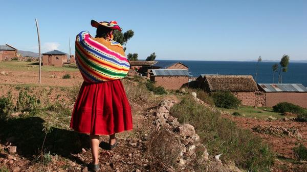 titicaca_llachon_-14936549d5a3481955e73324d65691068a.jpg