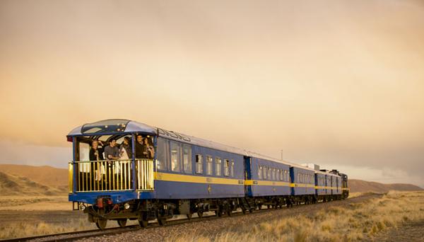 tren-andean-explorer-puno-lago-titicaca-peru.jpg