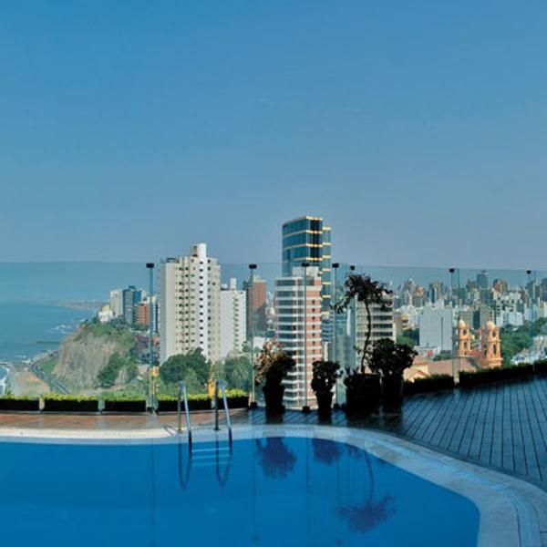 perou-lima-hotel-miraflores-park-piscine2.jpg