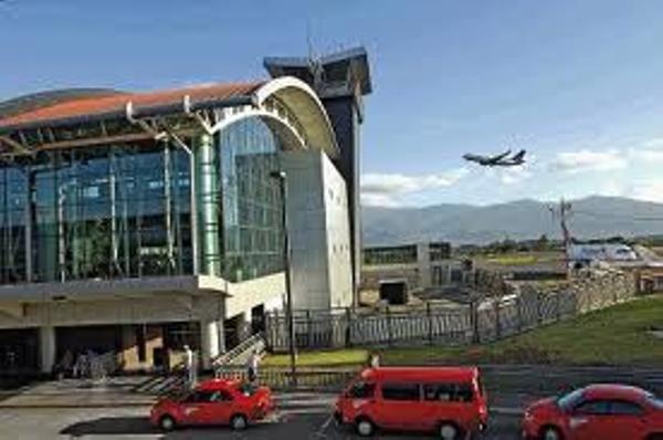 aeropuerto-juan-santamaria-partida2cd908f423d7f8ada6665d8ace6c9d27.jpg
