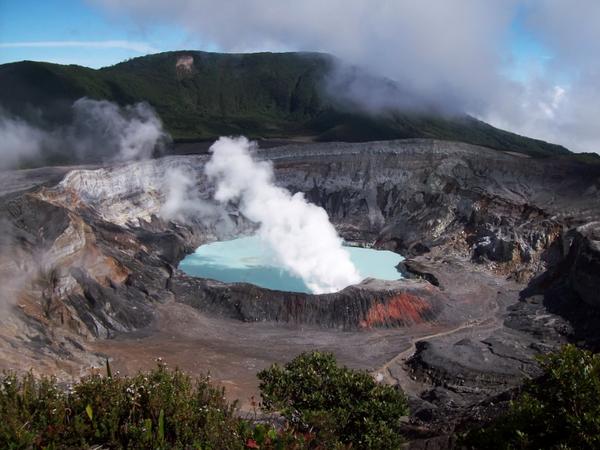 poas_volcano5b15d-1.jpg