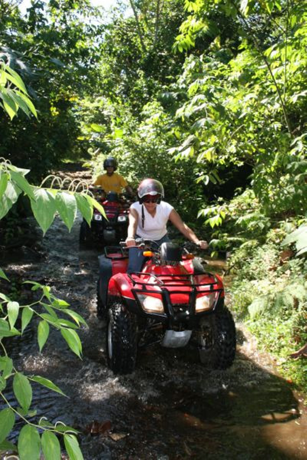 quad-fourtrax-arenal.jpg