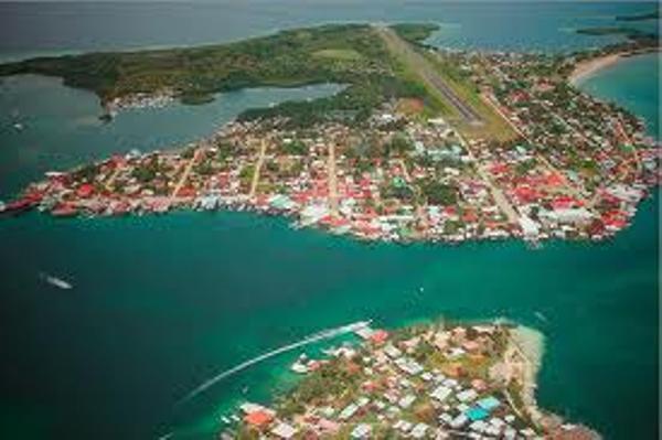 vue-arienne-isla-coln.jpg