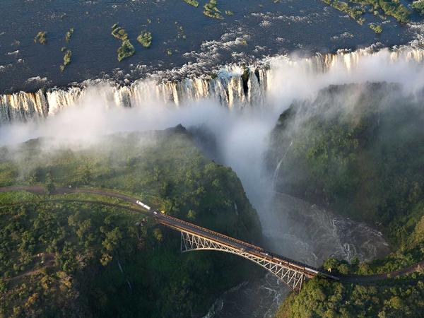 victoria-falls-bridgea3c4147148a856968bdaad5d1cd165c1.jpg