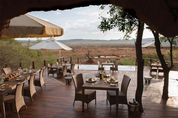 lunch-on-deck-with-views-madikwe-wildlife.jpg