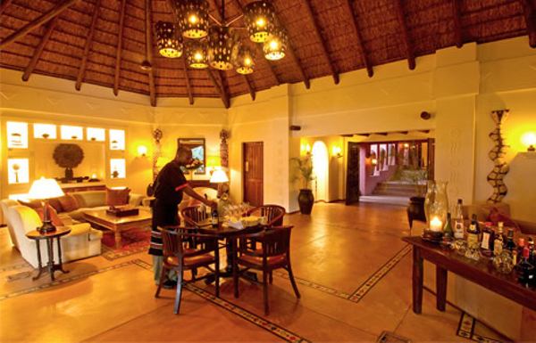 luxury-safari-lodge.jpg