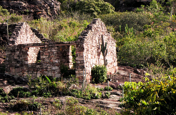 Igatu%20Ruins%20in%20Chapada%20Diamantina