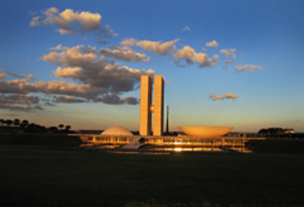 brasiliacongres-sunset.JPG
