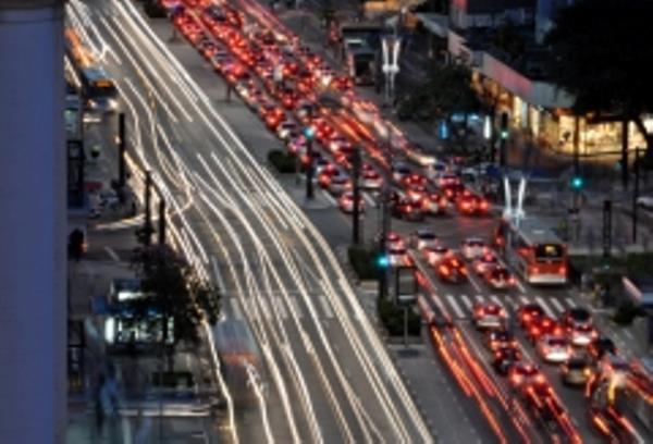 Avenida Paulista, Leonardo Aguiar