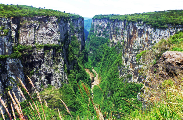 Trekking in Canyons, South Brazil