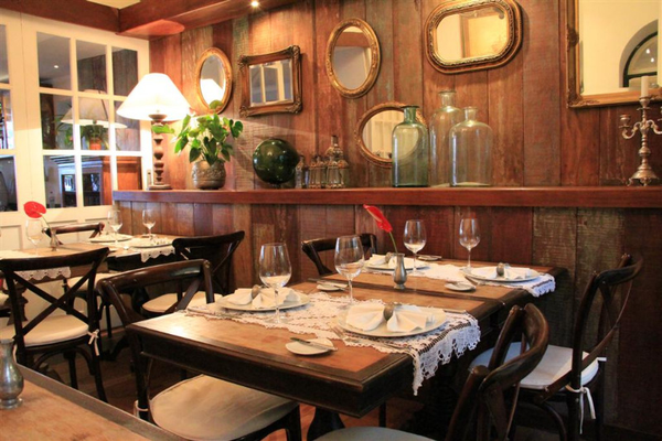 villa-bahia-restaurant.jpeg