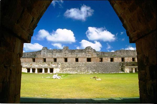 uxmal-yucatan-mexique-2.jpg