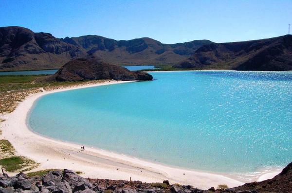 la-paz-balandra-beach-65-106dd55400d0df58d02c6198afde84bf9a.jpg