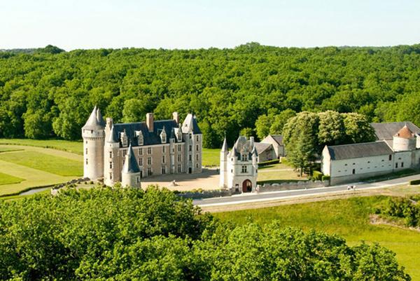 chateau-montpoupon-web-1.jpg