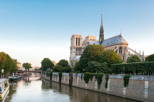 notre-dame-ile-de-la-citec2a9-paris-tourist-office-photographe-daniel-thierry_web.jpg