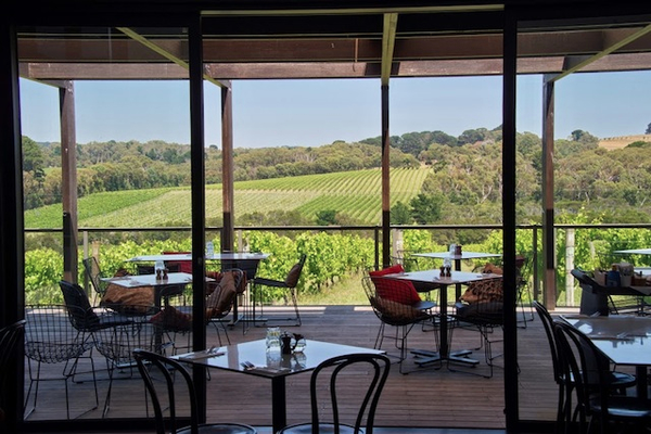 Cave-restaurant%20de%20la%20Mornington