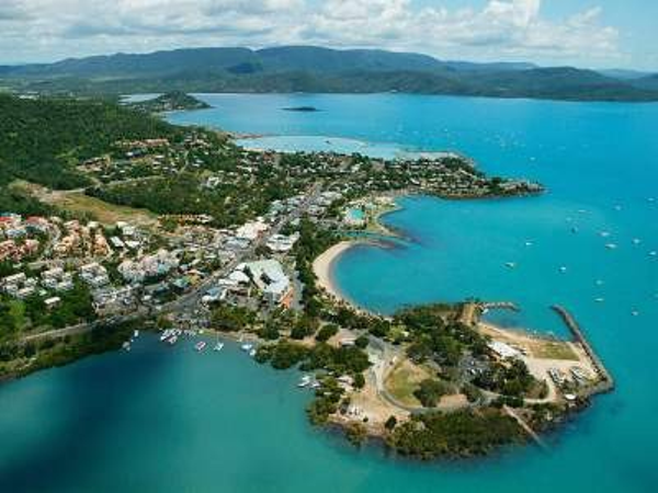airlie-beach-aerial-view.jpg
